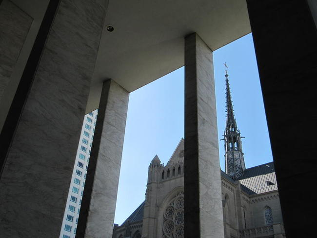 Grace Cathedral from the Freemason Lodge across the street